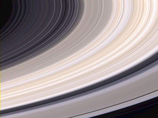 Image of thin ringlets making up Saturn's rings from the satellite Cassini