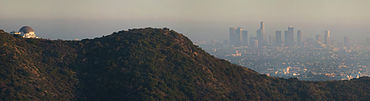Smog hanging over Los Angeles