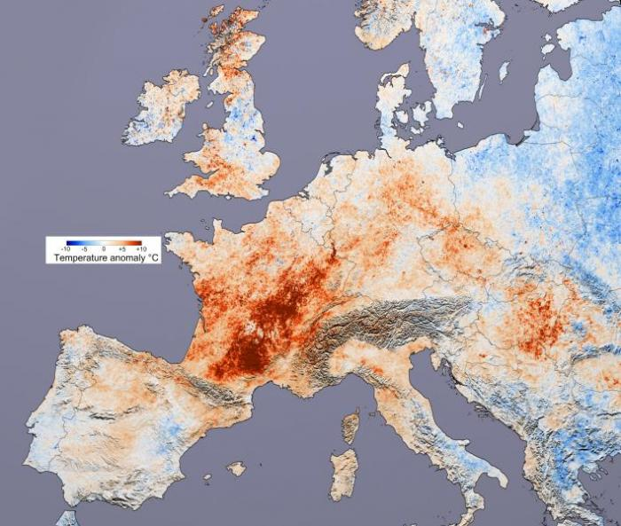 Satellite image showing the extent and severity of the overheating in 2003