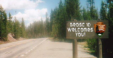 "National Park Sign that reads ""GEOSC 10 Welcomes You!"""