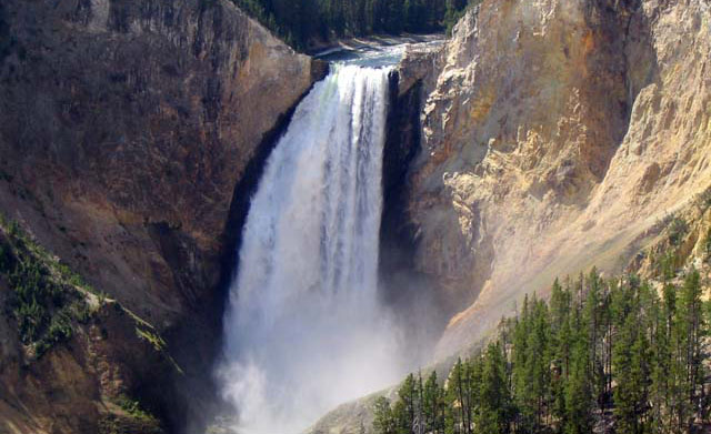 Lower Falls of the Yellowstone River, Yellowstone National Park.