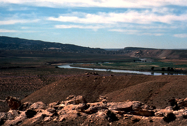 The green river in Dinosaur National Monument.  The river is winding through the landscape.