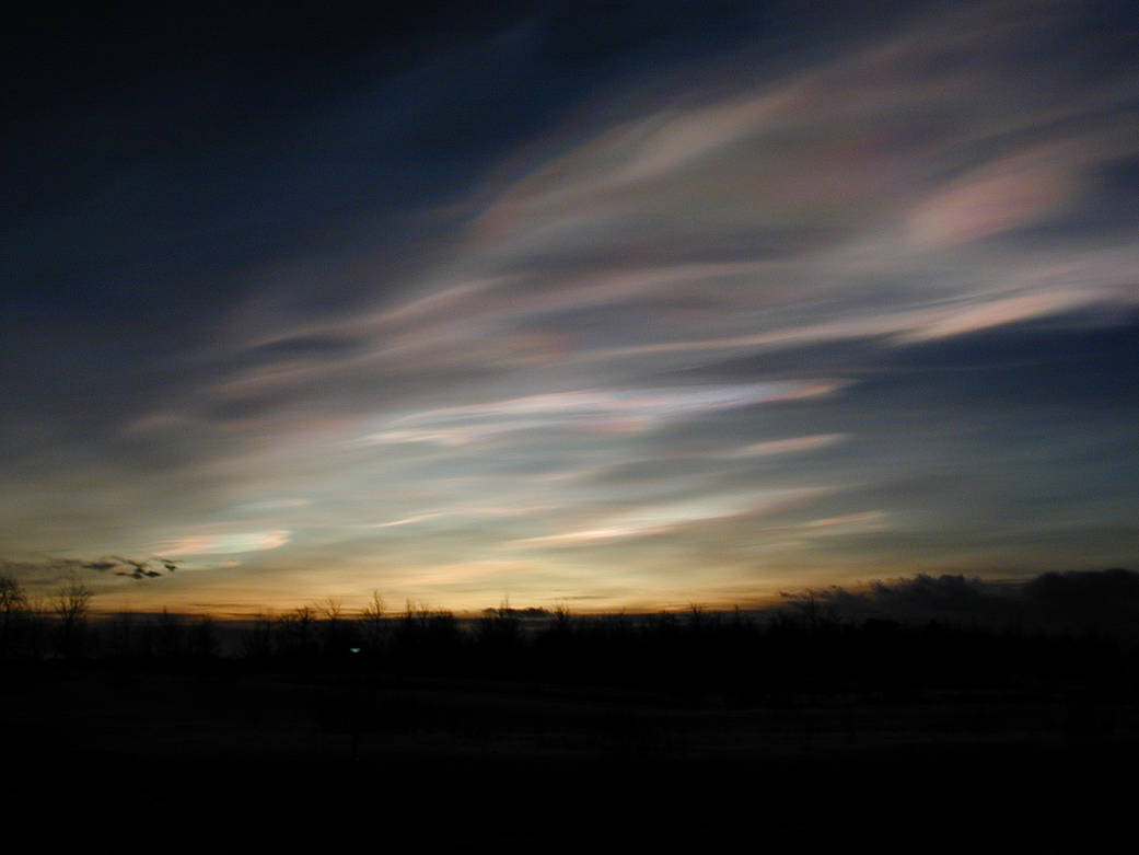 Photograph of polar stratospheric clouds.